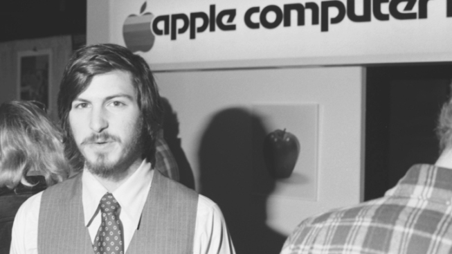 'Romantic' Steve Jobs Makes Rolling Stone Cover