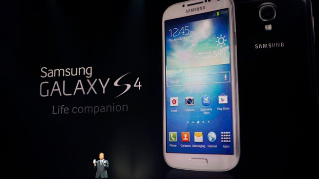 Review: Tech in Galaxy S 4 Doesn't Come Together