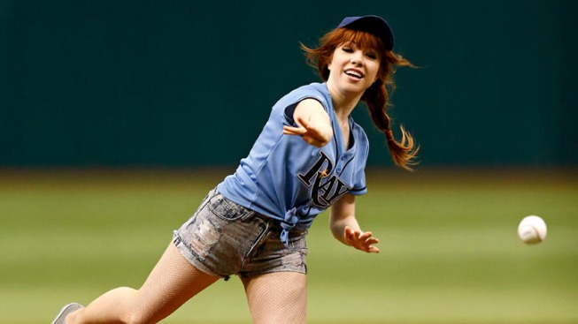Carly Rae Jepsen's Hilariously Bad First Pitch