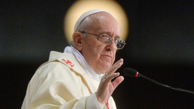 """Pope: """"Who Am I to Judge"""" Gay People?"""