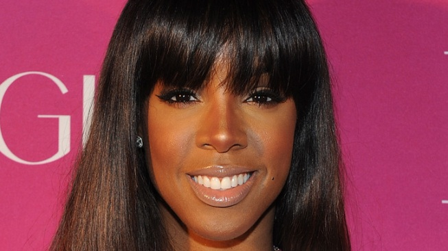 Kelly Rowland Gets Maritime Escort Back to Mass.