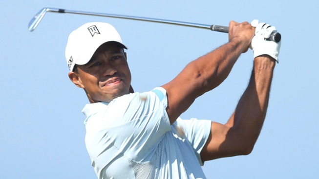 Woods in the Mix on Another Sunny Day at British Open
