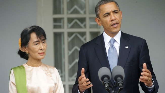 Obama in Cambodia after Rousing Myanmar Welcome