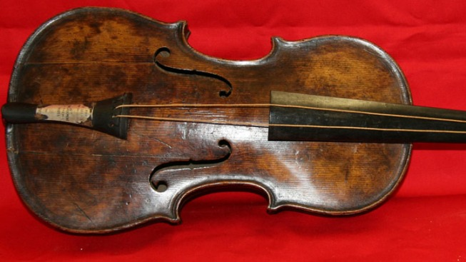 Violin Played on Titanic Found: Auction House