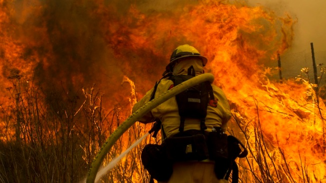 Calm, Moist Air Helps in Fight Against Calif. Wildfire