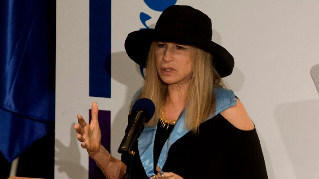 "Barbra Streisand: Orthodox Jews' Treatment of Women in Israel Is ""Distressing"""