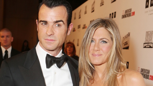 """Aniston Says She, Theroux """"Already Feel Married"""""""