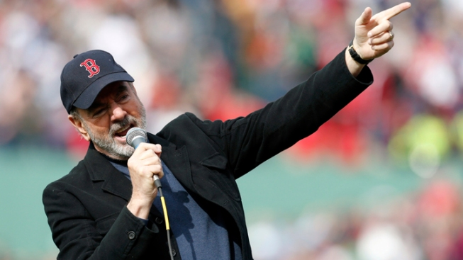 Neil Diamond Pens Song About Boston Marathon Bombing