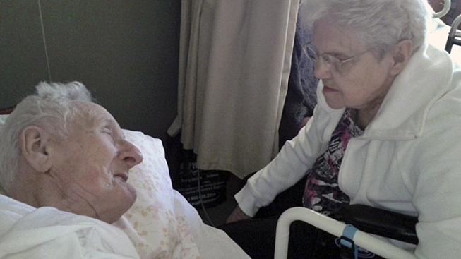 Ohio Couple, Married 65 Years, Dies 11 Hours Apart