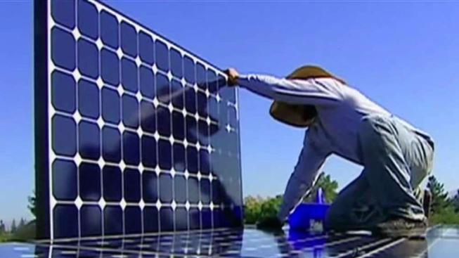 California Becomes First State to Mandate Solar Power for