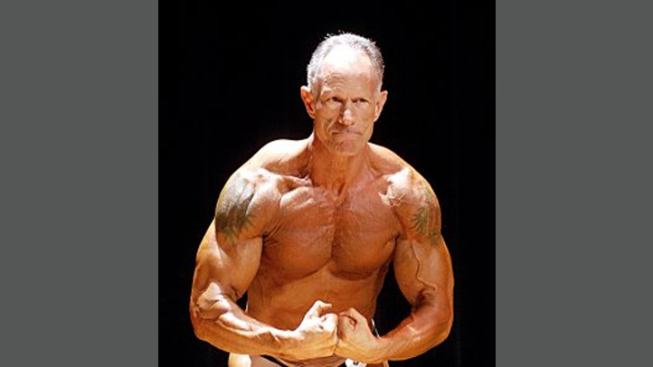 Former Miami-Dade Mayor Back in Public Eye – As Bodybuilder