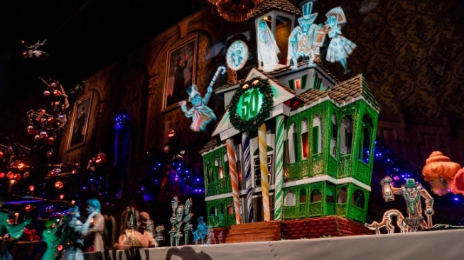 A Tasty Haunted Mansion Is Inside the Haunted Mansion