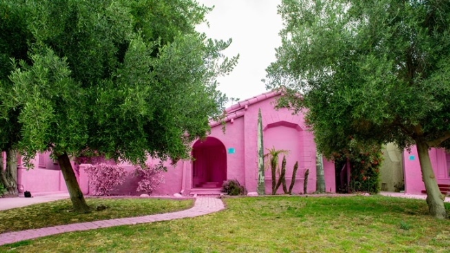 Mid-City Houses Go Pink (Ahead of Demolition)