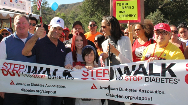 NBC4's Dr. Bruce Hensel Joins Thousands of Supporters at the American Diabetes Step Out Walk
