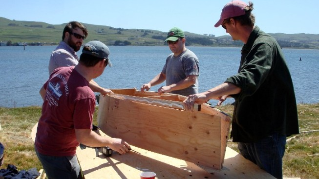 The first weekend of May 2019 is a delight of DIY-big proportions around Bodega Bay. Why? Crafty teams'll construct boats, then sail them, all within a matter of hours.