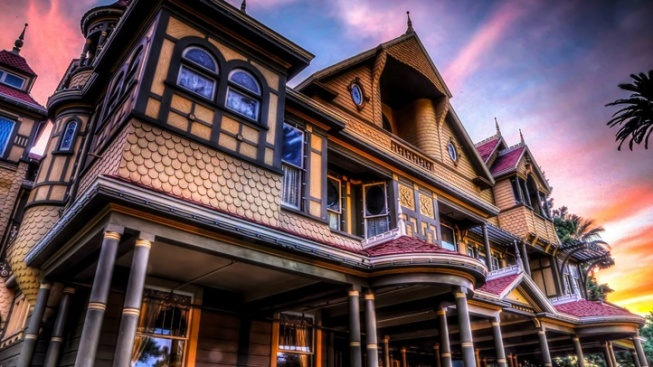 Winchester mystery house explore more tour nbc southern for San francisco mansion tour