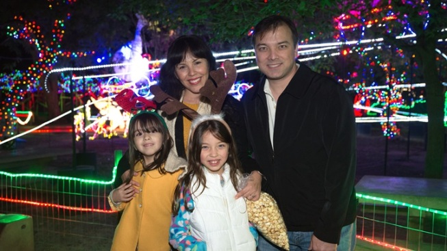 Family New Year's Eve at LA Zoo