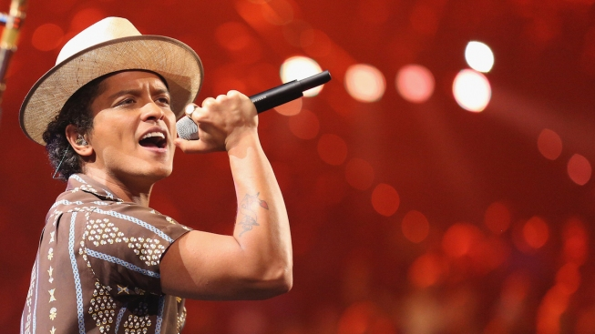 Bruno Mars Donates $1M From Concert to Flint Water Crisis