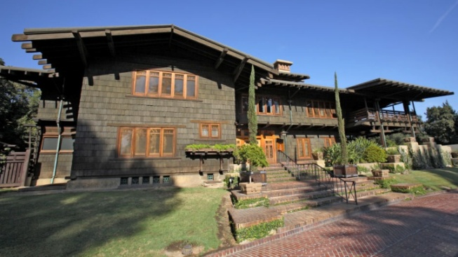 Pasadena Celebrates Its Iconic Craftsman Homes