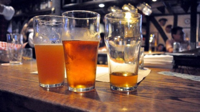 Pub Crawl, Meet the Beer Hop
