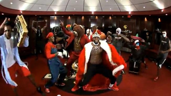 """""""Harlem Shake"""" Hits 1 Billion Milestone on YouTube in 40 Days"""