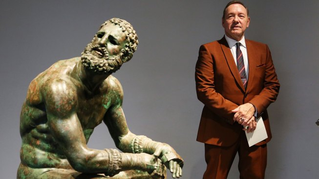 Kevin Spacey Reads Poem About Forsaken Boxer in Rome: 'Life Was Over in a Moment'