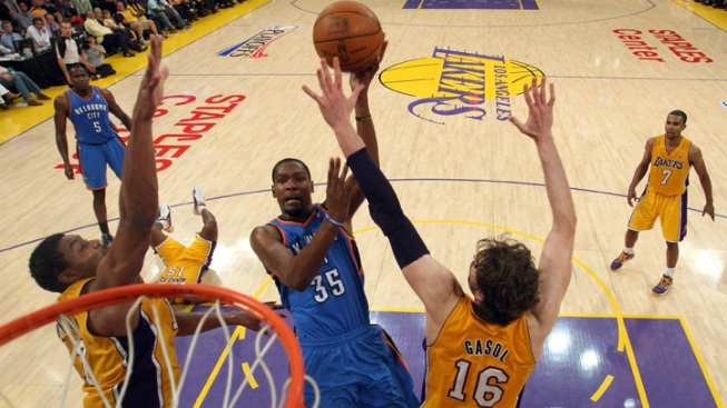 Thunder Clobbers Lakers: Analysis