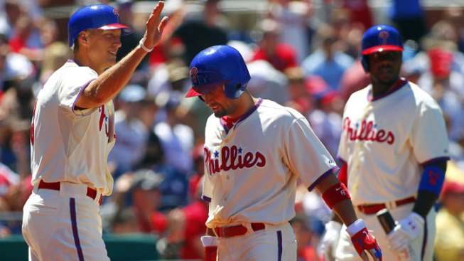 Dodgers Acquire Shane Victorino from Phillies for Lindblom and Minor Leaguer