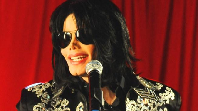 Makeup Artist Describes Jackson's Pain, Artistry