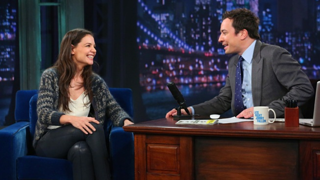 "Katie Holmes on Late Night: Star Plays Charades, Talks ""Dawson's Creek"" Reunion"