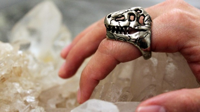 The T Rex Ring