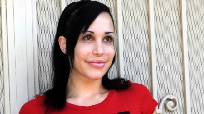 "Police Investigate Threatening Note in ""Octomom's"" Minivan"