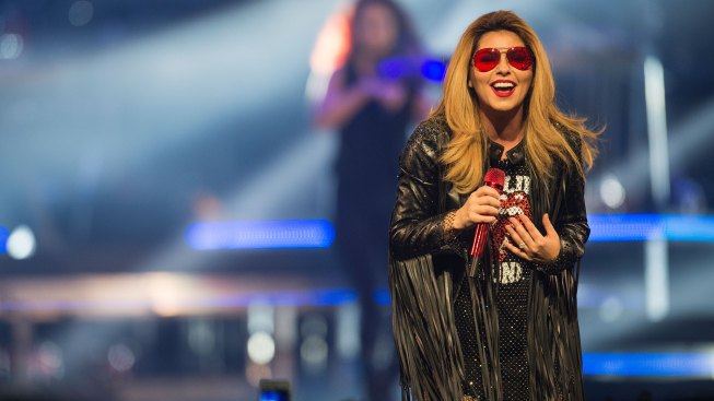 Advised by Doctors, Shania Twain Cancels Concerts in New Hampshire and New York