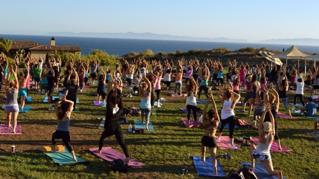 Ocean-Close Yoga at Terranea Resort