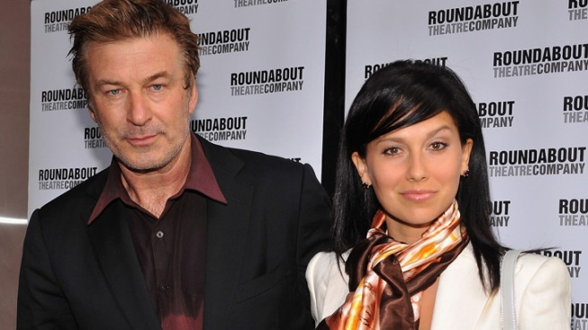 Alec Baldwin Marries Yoga Instructor in NYC
