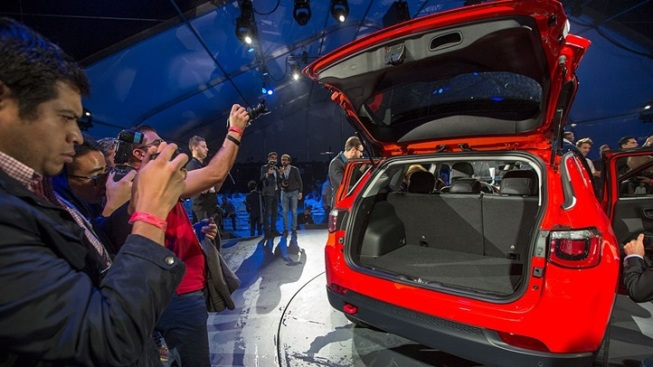 Weekend: Los Angeles Auto Show