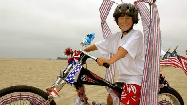 Bikes, Train, Boats: Fourth of July on the Move