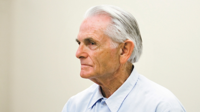 Newsom Blocks Release on Parole of Ex-Manson Follower Bruce Davis