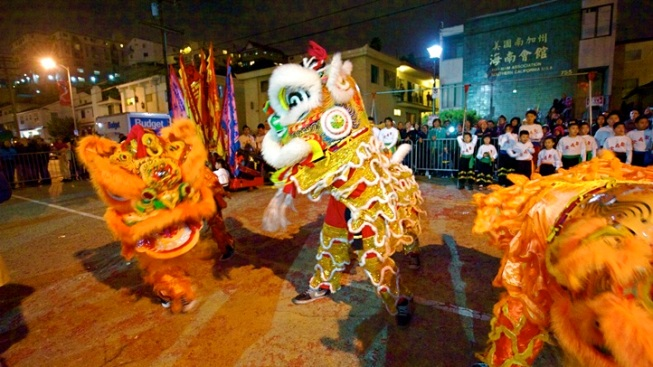 Chinatown's New Year's Fest Goes for World Record