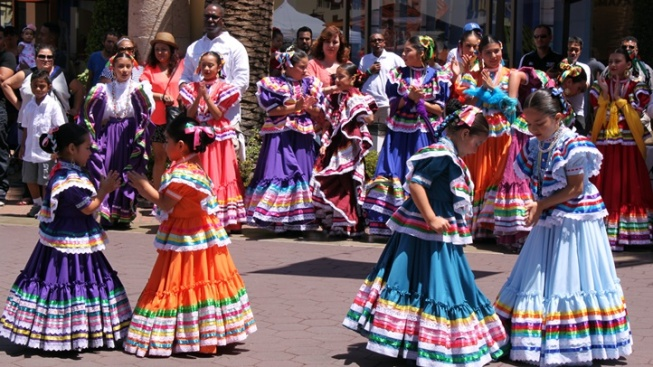 Cinco de Mayo: Festive SoCal Celebrations