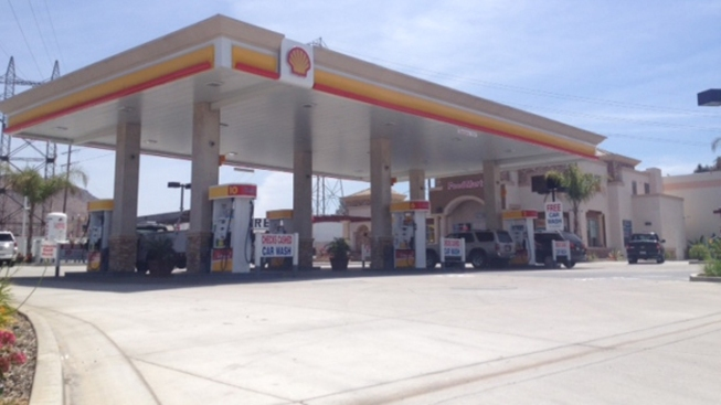 Prison Guard Shot in Head While Pumping Gas