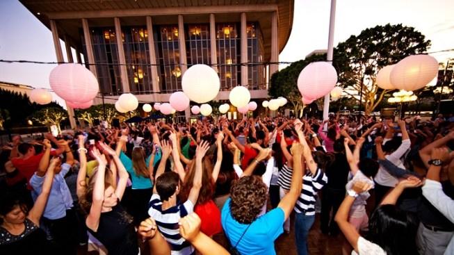 Groovy Milestone: 100 Dance Downtowns