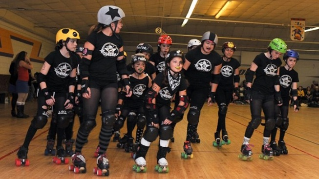 Young Skaters Head for Derby Dolls Camp
