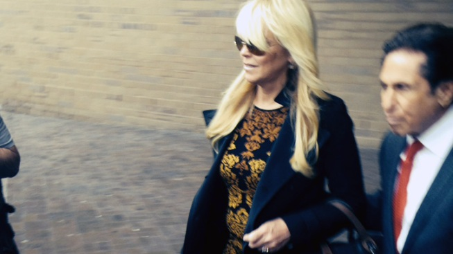 Judge Refers Dina Lohan to Community Service