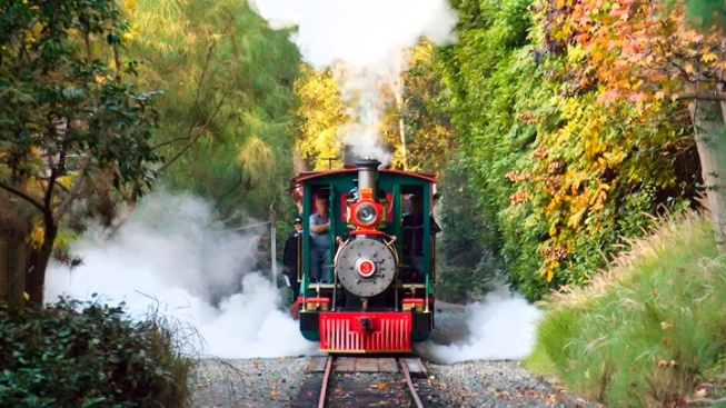 Disneyland: Railroad, 'Fantasmic!' Return Dates