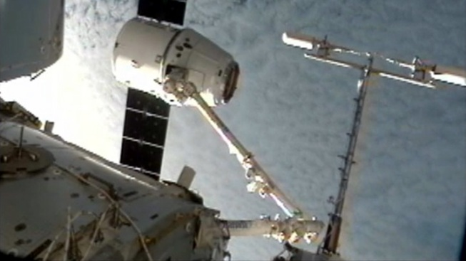 Hawthorne-Based SpaceX's Dragon Delivers Cargo to Space Station