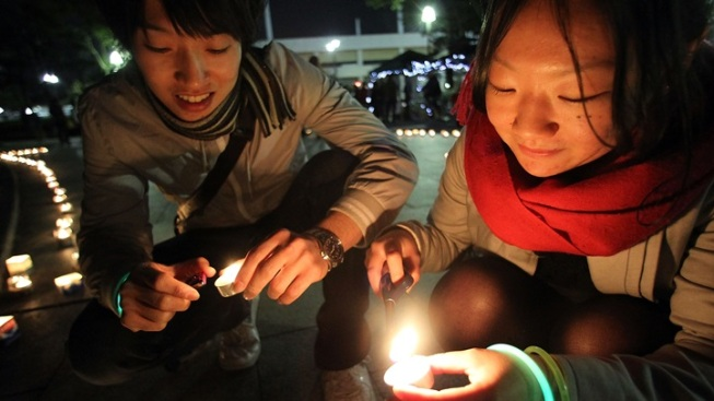 Earth Hour 2014: Lights Out, World, for Change