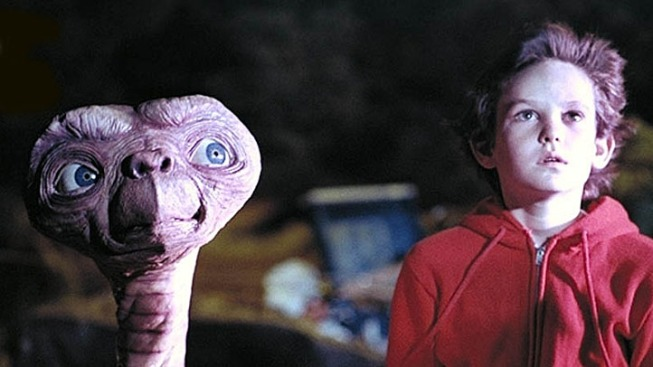 """E.T."" Lands at the Hollywood Bowl"