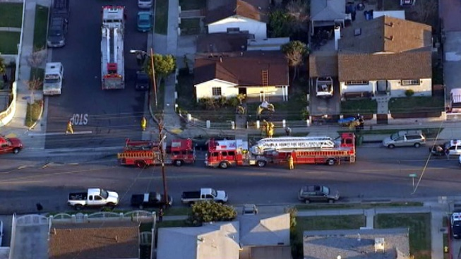 Man Dead, Woman in Critical Condition After Hawthorne House Fire