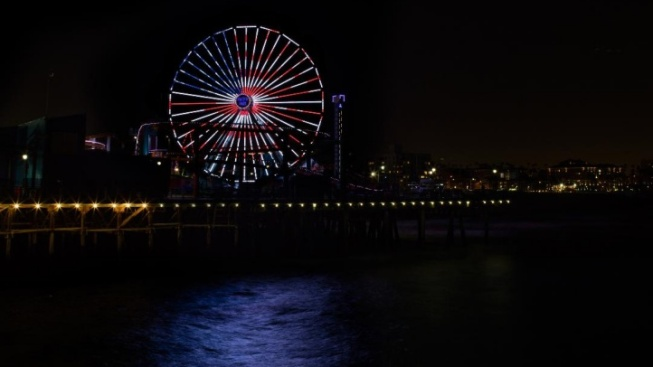 Ferris Wheel to Host One Fantastically Huge Flag